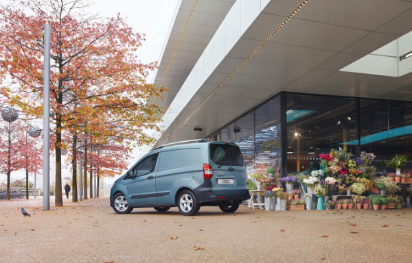 Ford Transit Courier (3)