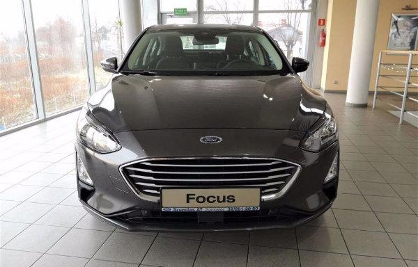 2020 Ford Focus (2)