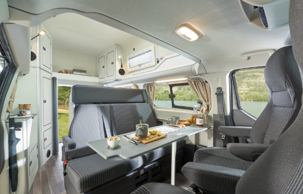 Ford Transit Custom Nugget - siedzenia