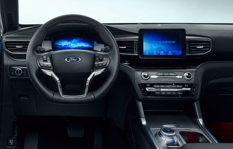 Ford Explorer Cockpit 1